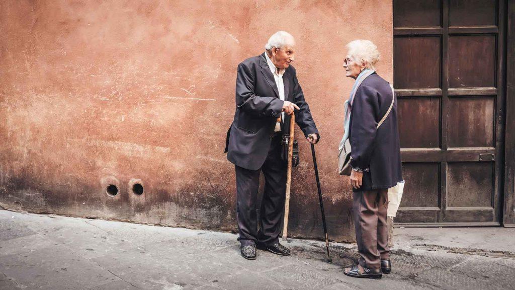 par snakker og lytter